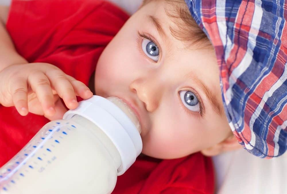 Is it Really Healthy or Safe to Feed Your Baby Cow's Milk?